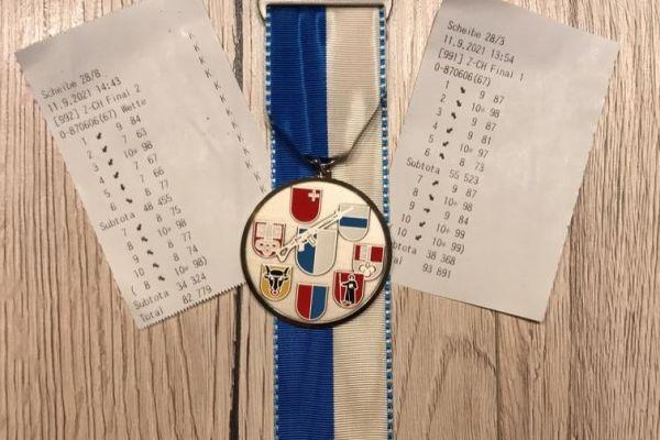 medaille-zentralschwDD188D74-8659-C381-0FE2-84D70255FDA7.jpg